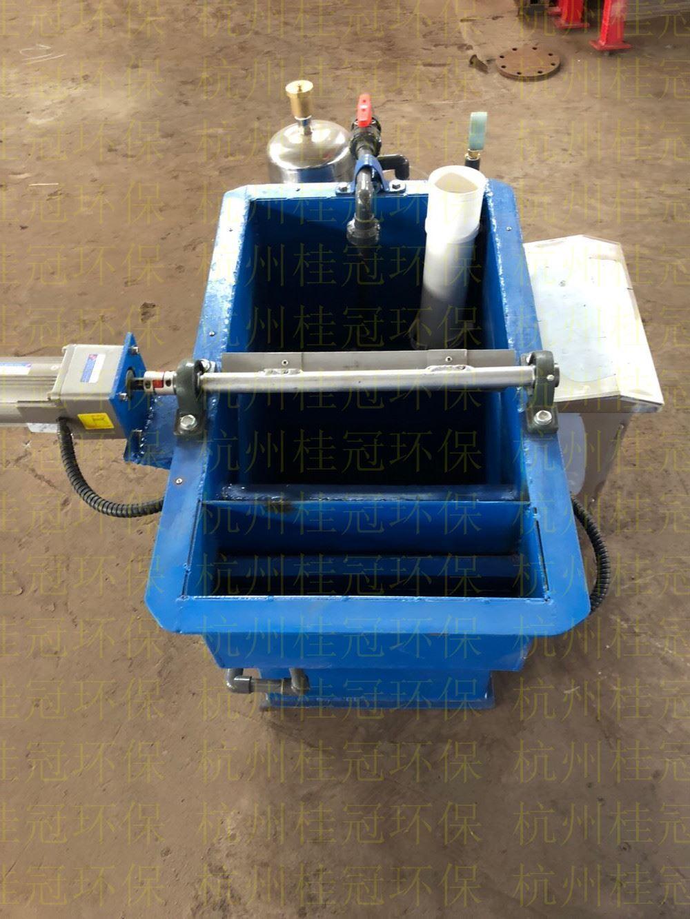 微纳气曝气器修复受污染的地表水体问题